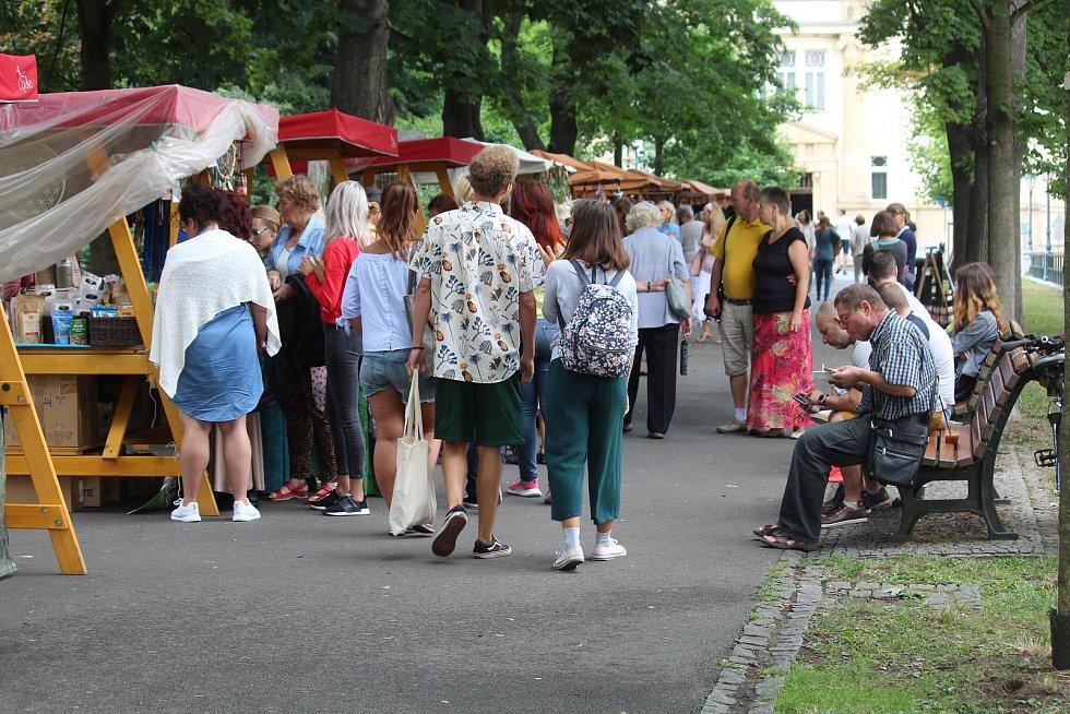 Opava opět chutnala po bylinkách. Sady Svobody v sobotu 3. srpna ožily druhým ročníkem festivalu bylin.