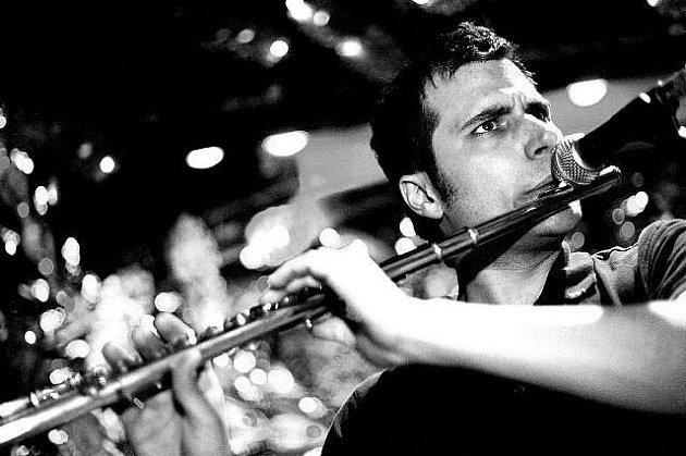 Jan Tengler z kapely Kofe–in, která se vydává na jarní turné po celé České republice.