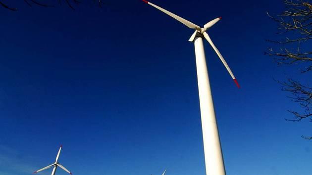 Umístění větrných elektráren na katastru obce teď řeší značná část obcí na Vítkovsku. Březová není výjimkou.