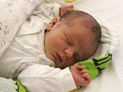 Matyáš Mazur se narodil 21. května, vážil 3,93 kilogramů a měřil 50 centimetrů. Rodiče Eva a Jakub z Kobeřic mu do života přejí zdraví, štěstí a spokojenost. Na Matyáška už doma čeká bráška Tobiáš.