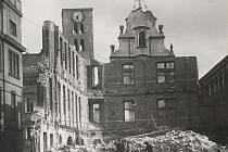 Jedna z dosud neuveřejněných historických fotografií rozbombardované Opavy.