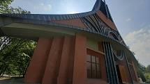 V Chuchelné je k vidění třeba kostel Povýšení sv. Kříže.