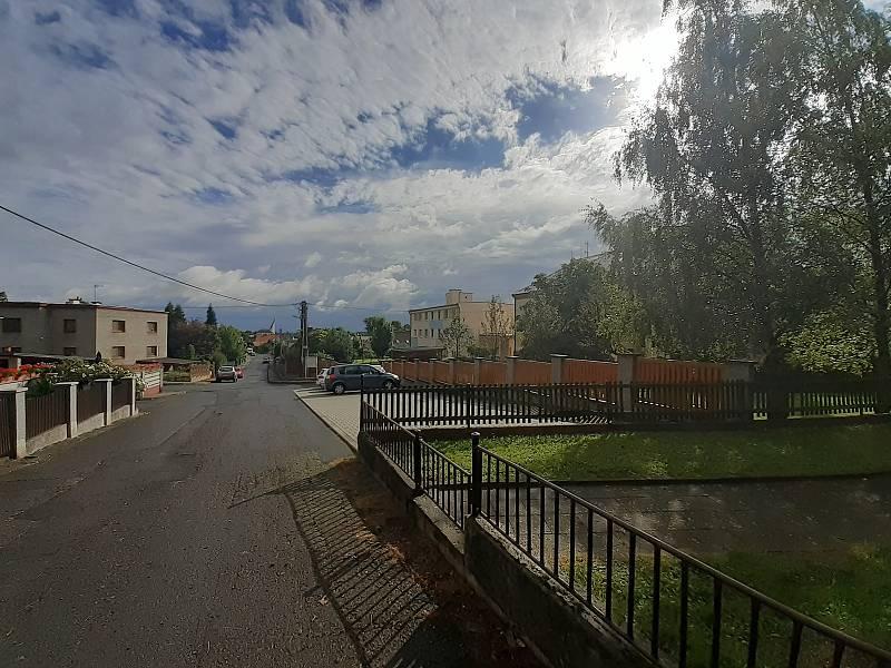 Obec Hněvošice.