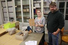Při archeologickém výzkumu v okolí Müllerova domu byla mimo jiné objevena také kachle z kamen z přelomu 15. a 16. století s erbem Vladislava Jagellonského.