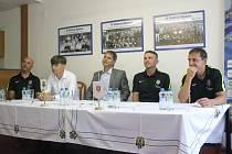Snímek z tiskové konference Slezského FC Opava