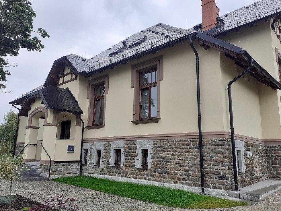 Zrekonstruovaná Dohnálkova vila v Háji ve Slezsku.
