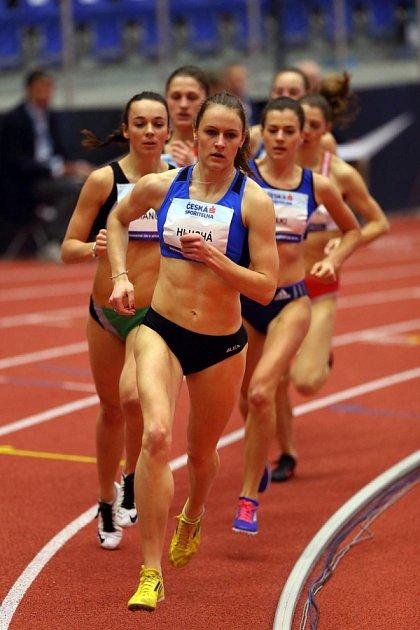 Titul republikové šampionky na půlce si vyběhla svěřenkyně trenéra Jana Škrabala Vendula Hluchá.
