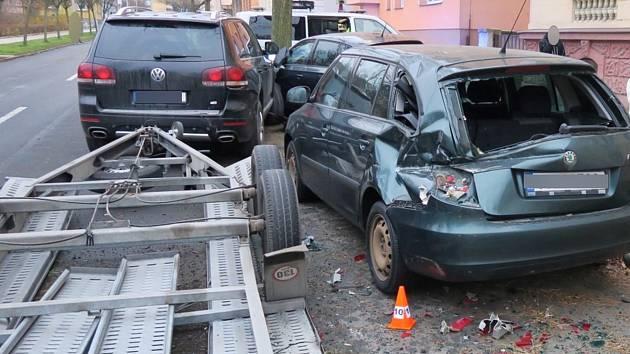 Nehoda na křižovatce ulic Na Rybníčku a Englišova.