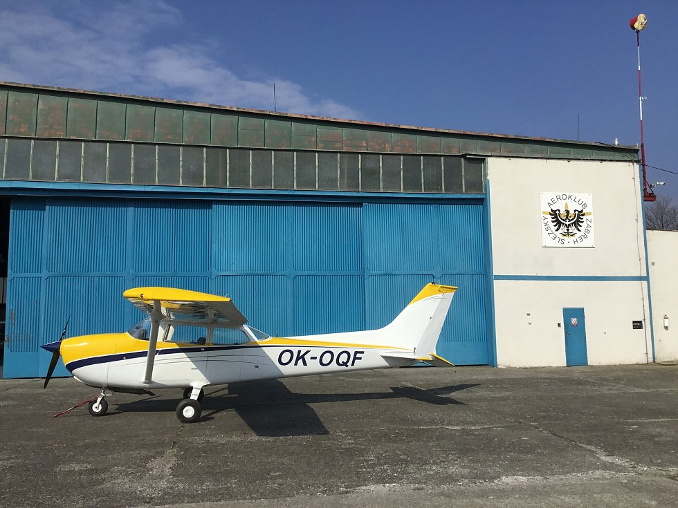 Letouny jsou na letišti v Zábřehu provozovány Slezským aeroklubem a firmou Quanto Invest.