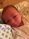 Hynek Sýkora se narodil rodičům Denise a Lukášovi z Opavy v ostravské Fakultní nemocnici 1. ledna 2019. Vážil 3,07 kilogramu a měřil 49 centimetrů. Doma už Hynek dělá radost i bráchovi Kryštofovi.