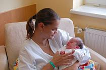 "Nela Bocková se narodila 27. srpna, vážila 3,10 kg a měřila 49 cm. ""Doma už se na miminko těší sestřičky Stefanka, Ivanka, Nikolka a Olinka. Přeji, aby byla zdravá, šťastná a aby ji všichni měli rádi,"" popřála maminka Stanislava Bocková z Opavy."