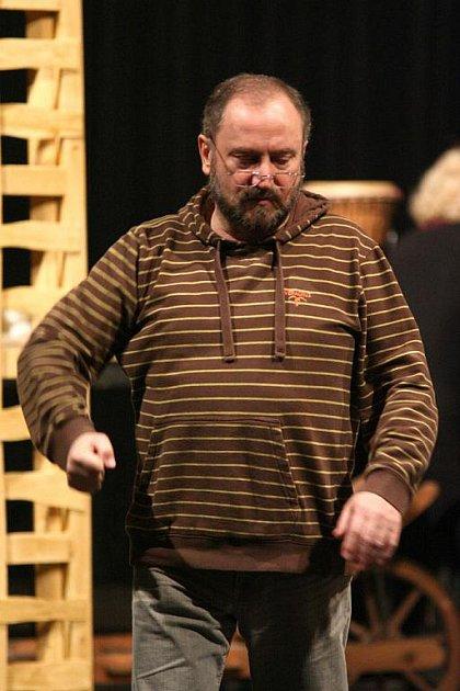 Režisér Vlastimil Pešek se ujal hry Staré pověsti české, která bude mít premiéru ve Slezském divadle.