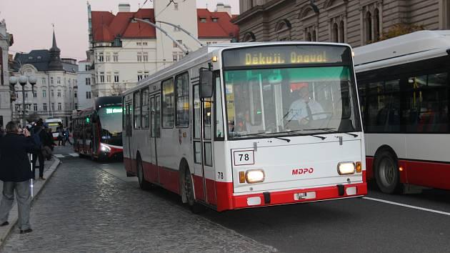 Loučení s trolejbusy Škoda 14 Tr v Opavě v listopadu 2018. Ilustrační foto.