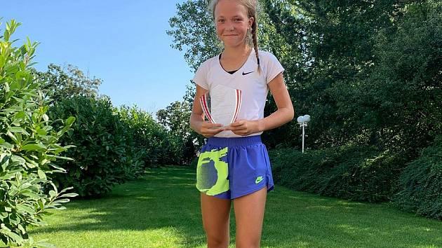 Mladá tenistka sbírá úspěchy. Foto: Archiv