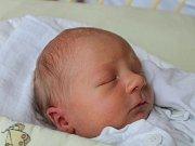 Matouš Mička se narodil 10. listopadu, vážil 3,08 kilogramu a měřil 48 centimetrů. Rodiče Eliška a Petr z Otic přejí svému prvorozenému synovi, ať jej v životě provází radost, láska a štěstí.