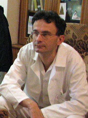 Primář ušního, nosního a krčního oddělení Slezské nemocnice v Opavě Richard Lenert.