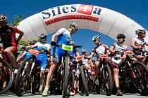 Tradiční cyklistický závod na horských kolech Silesia Merida Bike Marathon. Ilustrační foto.