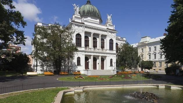 Historická výstavní budova Slezského zemského muzea.