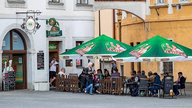 Opava, restaurace, podnikání, ilustrační foto.