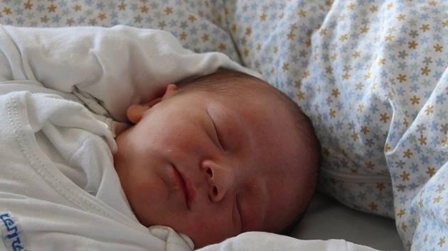 Ruben Teo Vander Sloot se narodil 28. srpna 2019, vážil 3,15 kilogramů a měřil 51 centimetrů. Rodiče Petra a Travis z Opavy přejí svému prvorozenému synovi do života štěstí, zdraví, lásku, spoustu dobrodružství a radost ze života.