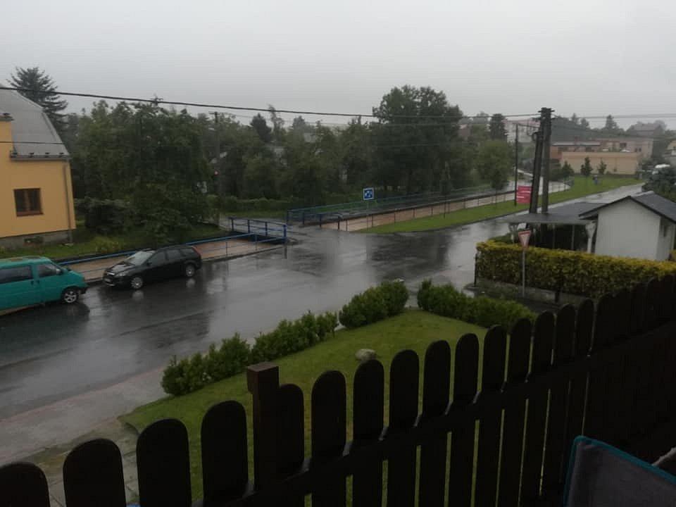 Hať, potok, 5. srpna 2021 večer. Snímek od Ivety Kozákové.