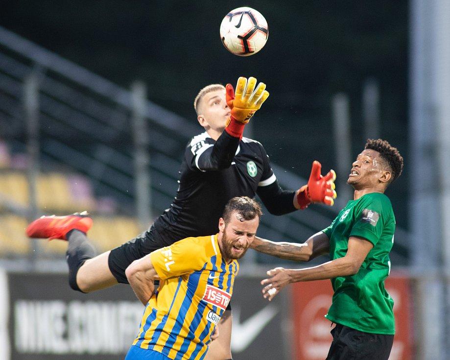 Zápas FORTUNA:LIGY mezi 1. FK Příbram a SFC Opava 5. dubna 2019. Václav Jurečka (SFC Opava).