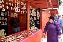 Vánoční trhy nabízejí tradičně různé druhy zboží.