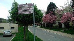 """Dopravní situace v lokalitě hradeckých """"Hradčan"""" by se po posledním jednání zastupitelstva mohla zlepšit."""