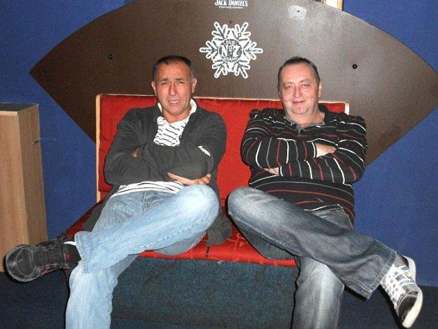 Vyhlášení DJ zOpavska pohromadě. Vlevo Aleš Brůna a vedle něj Petr Sniegoň.