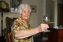 Paní Terezie Halásková, druhá nejstarší obyvatelka Opavy, v těchto dnech oslavila již své 101. narozeniny. Stále má ale energie jako o minimálně polovinu mladší člověk.