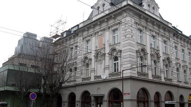 Národní kavárna na Olomoucké ulici.