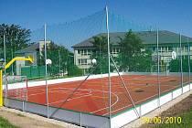 Nové hřiště v Raduni může využívat také veřejnost.