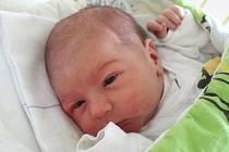 Josef Mikšan se narodil 24. ledna, vážil 3,88 kilogramu a měřil 52 centimetrů. Rodiče Barbora a Marek z Opavy přejí svému synovi do života zdraví a štěstí. Na miminko se už doma těší brácha Mireček.