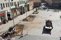 Na vítkovském náměstí se nyní pracuje.