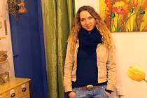 Silvie Melušová ve svém krámku, kde nabízí nejen bylinné čaje, ale také cenné rady.