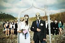 Takto může za několik desetiletí vypadat svatební obřad.