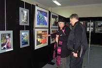 Čtvrtý ročník fotografického festivalu vnedalekém Rybniku obsáhl 31 autorských výstav, které představily na tisícovku snímků.