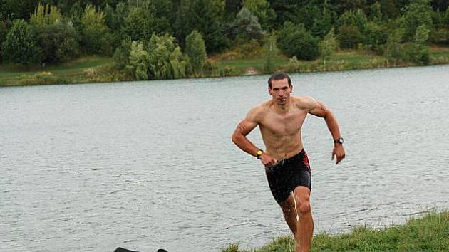 Tomáš Petreček na Opavském triatlonu. Ilustrační foto.