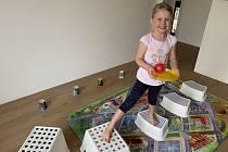 K pestrému pohybu může děti motivovat i promyšleně zařízený dětský pokoj.