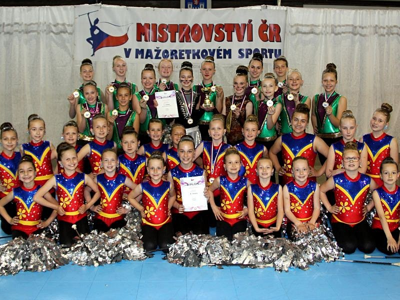 Mažoretky z Dolního Benešova uspěly na mistrovství České republiky v mažoretkovém sportu, které se konalo v sobotu 14. května v Náchodě.