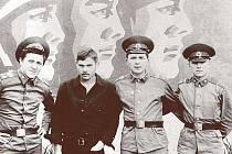 Sovětští vojáci. V Československu jim bylo dobře a dodnes na to vzpomínají.