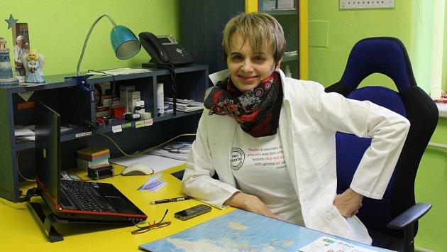 Lékařka Eva Dratvová upozorňuje na to, že vydávání elektronických receptů samozřejmě zdržuje.