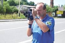 Nový radar hlučínských policistů dokáže měřit rychlost do vzdálenosti 600 metrů.