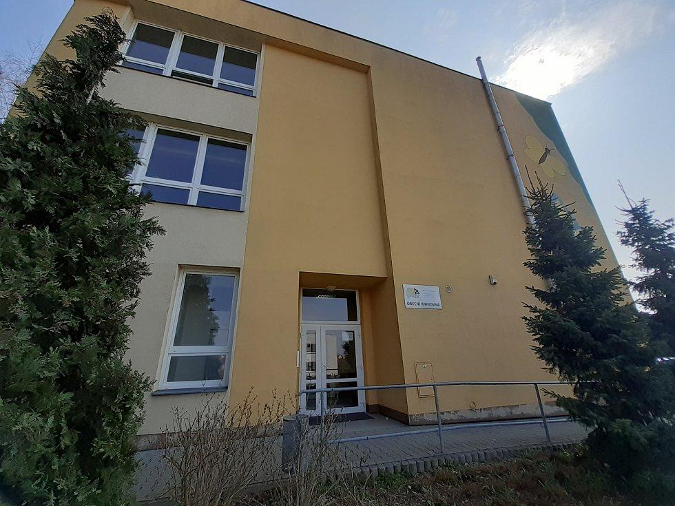 Obecní knihovna Štěpánkovice.