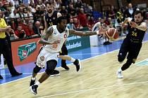 Basketbalisté Nymburka první finálový mač zvládli a jsou krůček od dalšího mistrovského titulu. Foto: Tomáš Laš