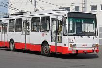 TROLEJBUSY typu Škoda 14 Tr jezdí po Opavě dlouhých 35 let.