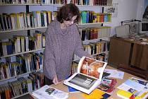 Rakouská knihovna sídlí v budově Filozoficko-přírodovědecké fakulty Slezské univerzity na Masarykově ulici v Opavě a je přístupná nejen vysokoškolským studentům a pedagogům, ale i široké veřejnosti.