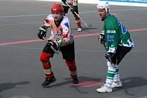 Jan Přikryl (vlevo) jako správný kapitán bude opět patřit k tahounům týmu.