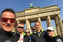 V neděli se v Berlíně konal in line závod v půlmaratonu, tedy na distanci jednadvaceti kilometrů. I letos se ho zúčastnili kolečkoví bruslaři z opavského oddílu LUIGINO.