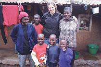 Eva Krutílková se během půl roku v Kibeře s místními dokonale spřátelila.